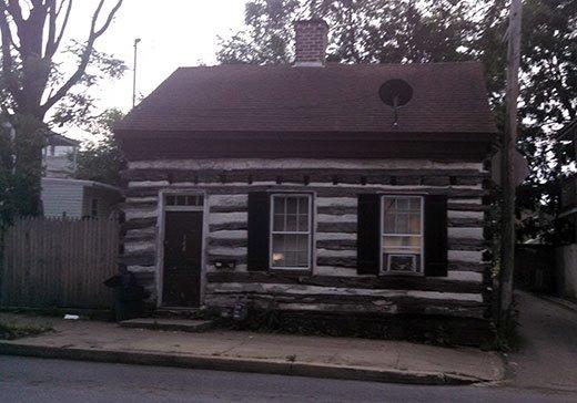 city-log-house