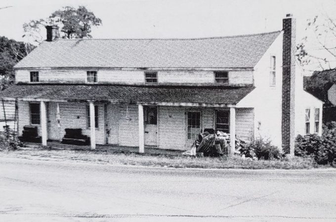 What were York County taverns like 200 years ago?