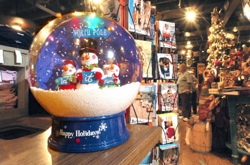 customers at york townships cracker barrel in 2006 scrambled for a desktop version of last years lawn sized snowball the york townships store was the - Cracker Barrel Store Christmas Decorations