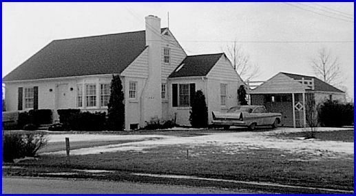Harold L. Smith residence at 2150 South Queen Street in York Township (1958 Photo, S. H. Smith Collection)