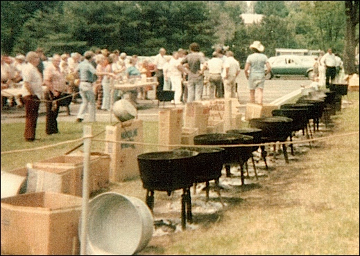 Pleasureville's Free Bean Soup event during Memorial Day in 1981 (Photo from Collections of Springettsbury Township Historic Preservation Committee)
