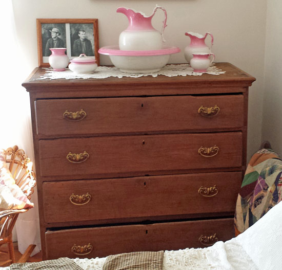 Dresser at Mudd House made by Ned Spangler