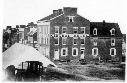 The town's public market shed and the Central Hotel were landmarks in Hanover's Centre Square. (Author's postcard collection)