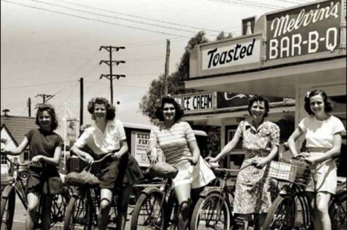 Identify these five cyclists at Melvin's drive-in